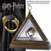 Harry Potter Replik 1/1 Lord Voldemorts Horkrux Ring (vergoldet)